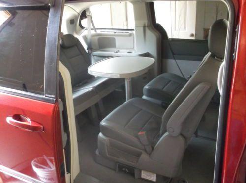Purchase Used Rare 2008 Dodge Grand Caravan Sxt Swivel N Go Mini W Table Passenger Van In