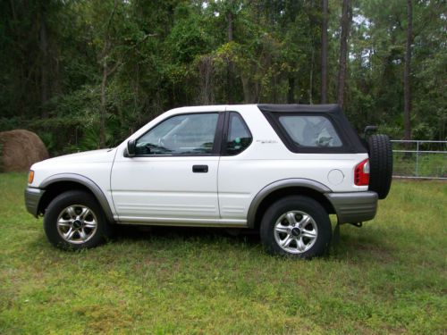 Buy Used 2002 Isuzu Rodeo Sport S V6 Sport Utility 2 Door