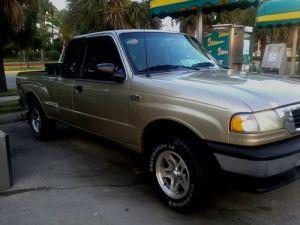 Buy used 2000 Mazda B3000 SE Extended Cab Pickup 2Door 3