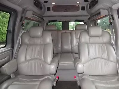 Sell Used 2004 Chevrolet Express Explorer Limited Se