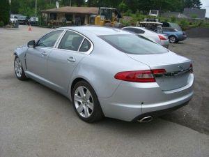 Sell used 2009 Jaguar XF Luxury Sedan 4Door 42L in
