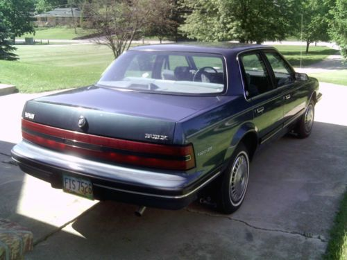 Sell Used 1992 Buick Century Custom Sedan 4 Door 3 3l In