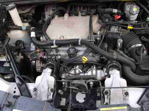 Find Used Chevrolet Uplander Ls Mini Passenger Van 4