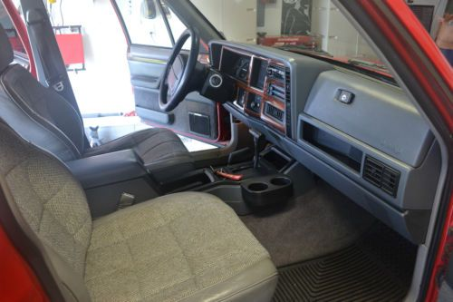 Purchase Used 1995 Jeep Cherokee Country Sport Utility 4