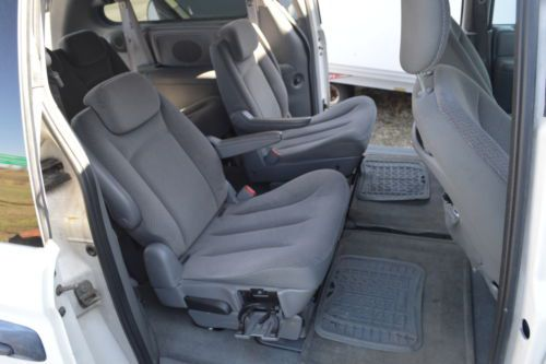 Purchase Used 2007 Dodge Grand Caravan Roof Rack Folding Seats For 7 Ready For Work Or Fun In