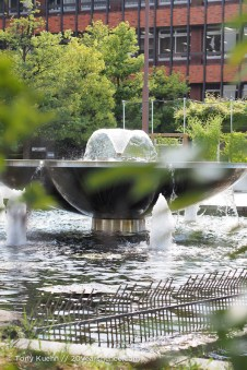 A fountain near the art museum