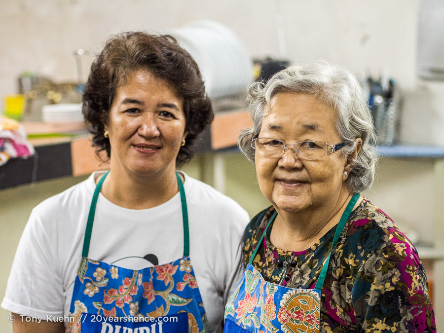 The women who run Bumbu Cooking Class in Kuching