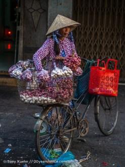 Selling shallots, Ho Chi Minh City