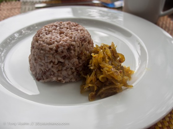 Red rice with onion chutney