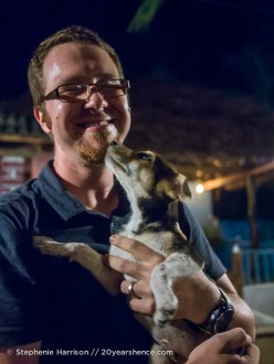 Puppy time in Arugam Bay