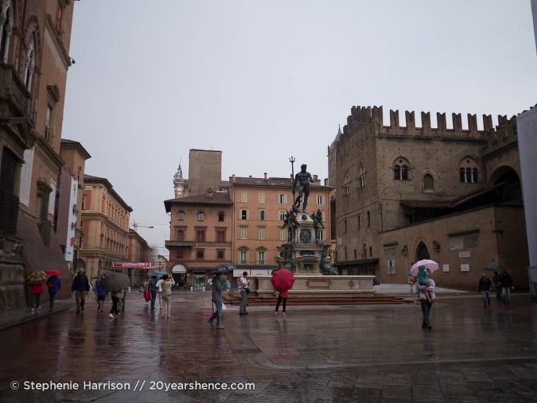 Piazza del Nettuno, Bologna