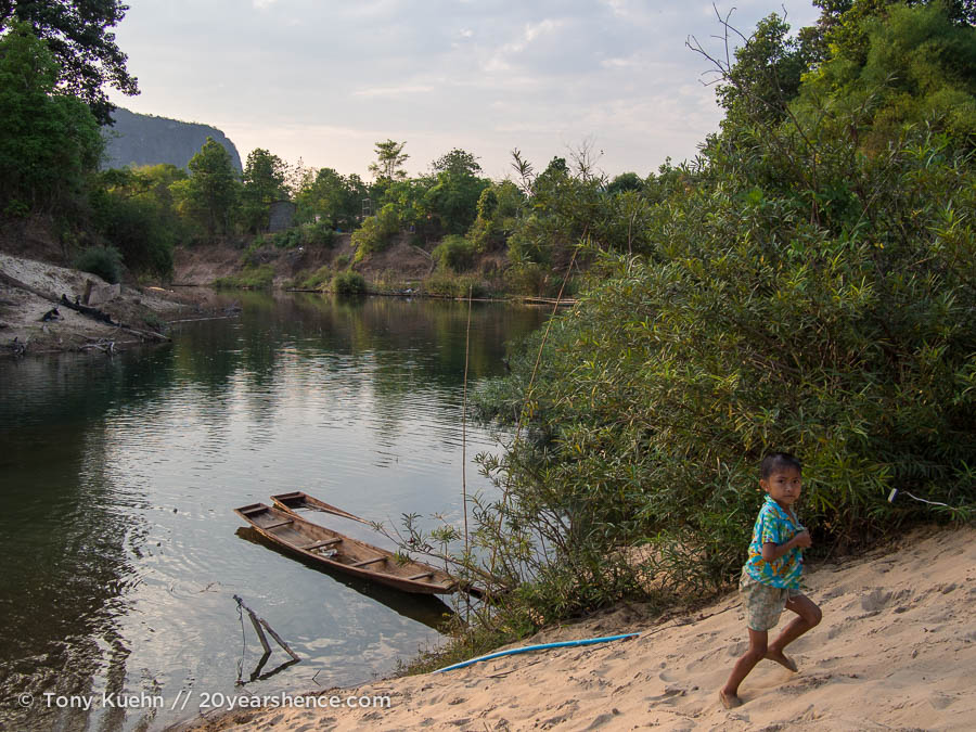 Tha Khek, Laos