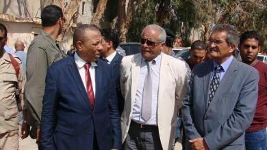 رئيس الحكومة المؤقتة عبدالله الثني، ووزير الداخلية المكلف حسين العبار