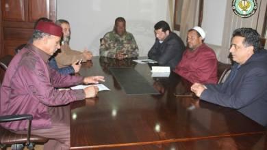 آمر الغرفة الأمنية المشتركة ببنغازي اللواء ونيس بوخمادة ورئيس اتحاد الفلاحين