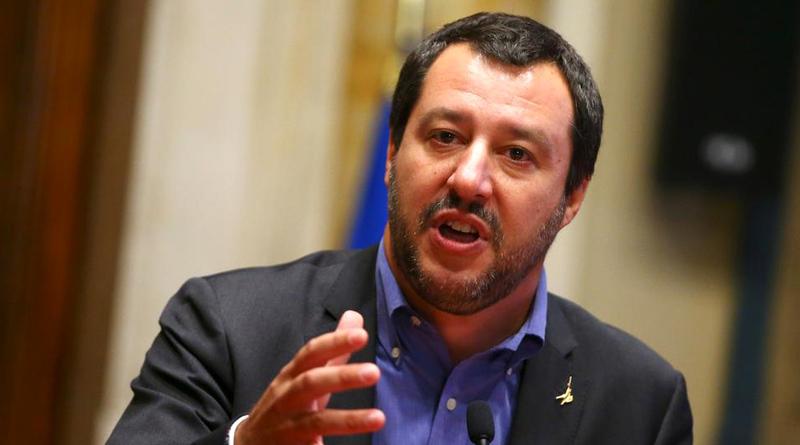 نائب رئيس الوزراء الإيطالي ماتيو سالفيني