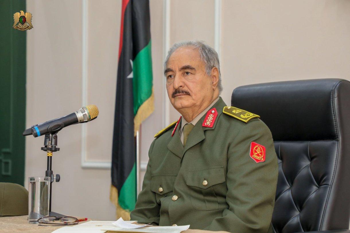 قائد الجيش الوطني المشير خليفة حفتر