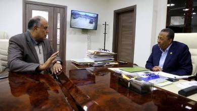 لقاء رئيس الحكومة المؤقتة عبدالله الثني مع وزير الداخلية المستشار إبراهيم بوشناف