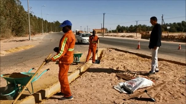 حملة نظافة -وادي البوانيس - مكتب اعلامي.mp4_snapshot_03.05_[2019.11.07_21.37.14]
