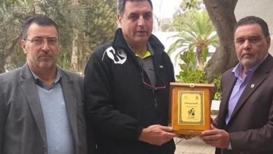 اتحاد اليد يكرم المدرب التونسي محمد الصغير