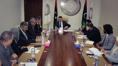وزير الخارجية بالحكومة الليبية يلتقي مع رئيس اللجنة الدولية للصليب الأحمر الدولي