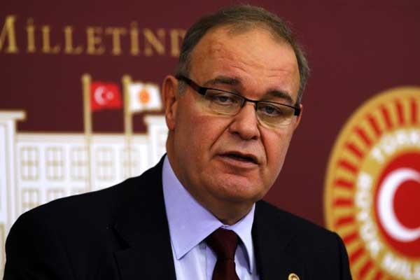 المتحدث باسم حزب الشعب الجمهوري فايق أوزترك
