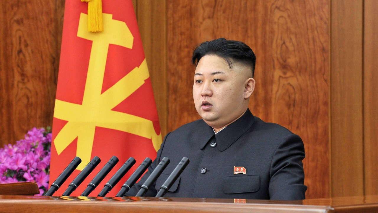 """رئيس كوريا الشمالية """"كيم جونغ أون"""" يخضع لعملية جراحية على القلب والأوردة الدموية وتكهنات بخطورة حالته"""