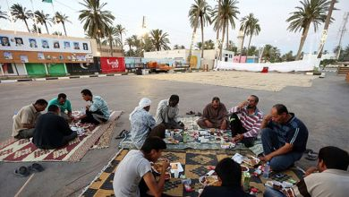 أزمات ليبية متلاحقة ذهبت ببهجة رمضان