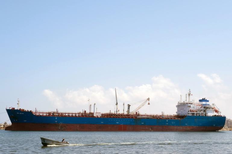 وصول 35 مليون لتر من وقود البنزين إلى ميناء بنغازي 4