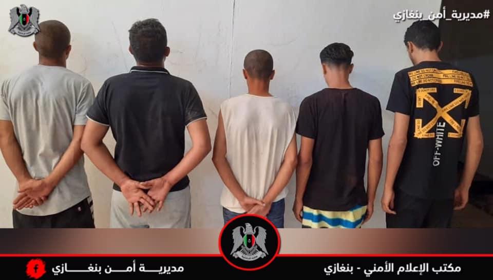 قسم البحث الجنائي بمديرية أمن بنغازي يواصل حملته في القبض على عصابات السطو المسلح