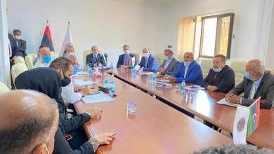 اجتماع في طرابلس بشأن نقل اختصاصات وزارة المواصلات ذات الطابع البلدي للبلديات