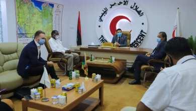 رئيس جمعية الهلال الأحمر يستقبل فريق برنامج الأمم المتحدة الإنمائي