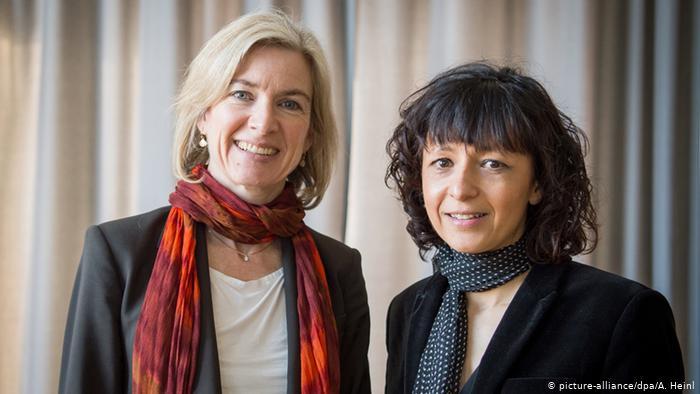 """العالمتان الفرنسية """"إيمانويل شاربنتييه"""" والأمريكية """"جينيفر دودنا"""" بجائزة نوبل للكيمياء-نوبل للكيمياء 2020"""