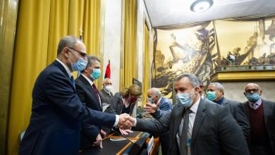تكتل فزان بالبرلمان يطالب لجنتي الحوار الالتزام بتنفيذ بنود الاتفاق