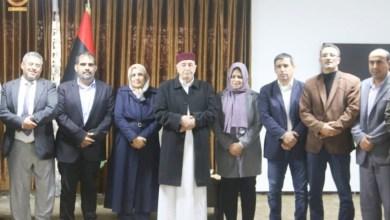 أعضاء من تجمع النخب البرقاوية يؤكدون لرئيس مجلس النواب رفضهم لمسودة الدستور