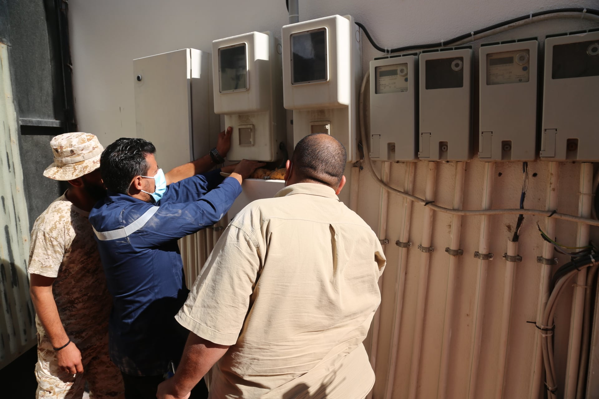 لليوم الثالث.. الشركة العامة للكهرباء تواصل حملتها الوطنية