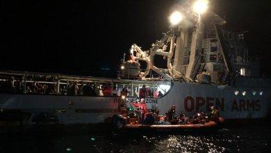 """سفينة """"أوبن آرمز"""" تُنقذ قرابة 200 مهاجر قبالة السواحل الليبية"""