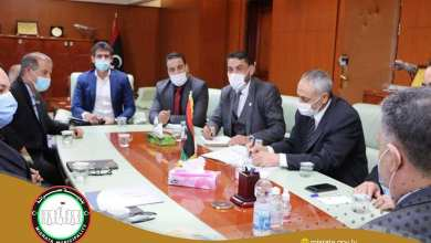 وزارة المواصلات بحكومة الوفاق تبحث في طرابلس سبل تطوير مطار طرابلس
