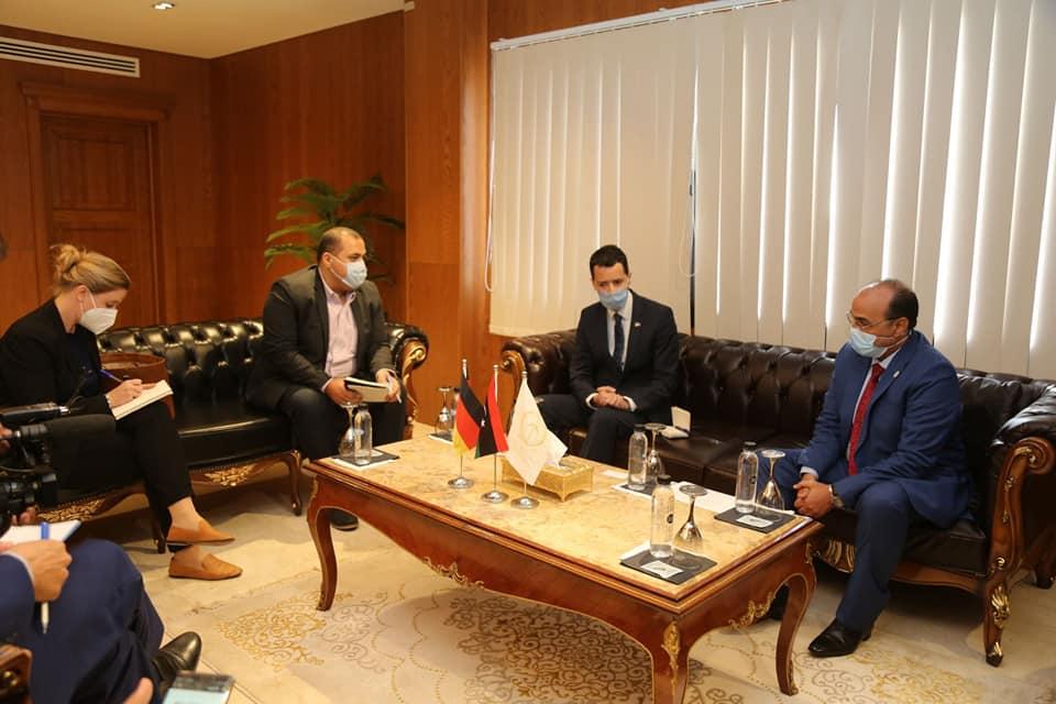 عميد بلدية بنغازي يستقبل نائب السفير الألماني لدى ليبيا