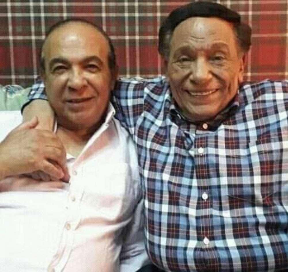 الفنان الراحل هادي الجيار مع النجم عادل إمام