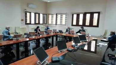 اللجنة الوطنية للتطعيمات تناقش متابعة توريد لقاحات كورونا