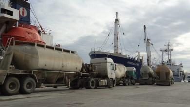 وصول 23 ألف طن من البنزين إلى ميناء طرابلس