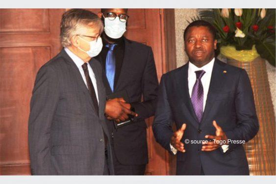 *Togo Presse* : Règlement de la crise Malienne et engagement du Togo aux opérations de la MINUSMA: Le chef de l'Etat s'est entretenu avec deux personnalités