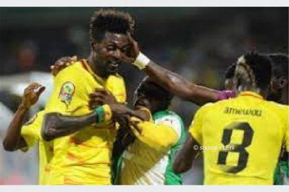 *L-Frii* : Togo : quel rôle Adebayor a joué après la convocation d'Amewou Komlan ?