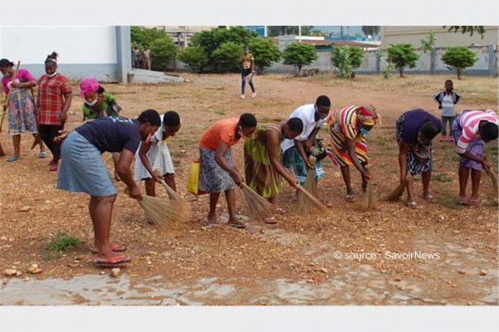 *Savoir News* : Journée de l'artisanat: Opération de salubrité et reboisement du site du CRA à Hanyigban Dugan