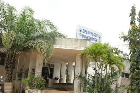 *27 avril* : Togo / Frais abusifs de bibliothèque à l'Université de Lomé : Les autorités déconnectées des besoins des étudiants…
