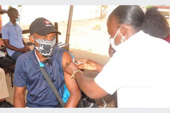 *Togo Presse* : COVID-19: démarrage de l'administration des doses Johnson and Johnson  à Lomé