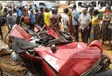 Photo of Accident mortel sur l'axe Yaoundé-Awae : une femme perd ses deux enfants