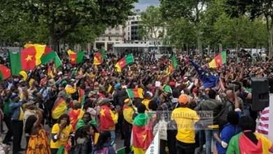 Photo of Vidéo : Marche géante à Paris contre le pouvoir de Paul Biya