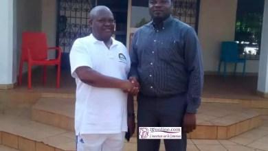Photo of Cameroun: Le Minfopra Joseph Le reçoit l'auteur de la lettre ouverte à Paul Biya