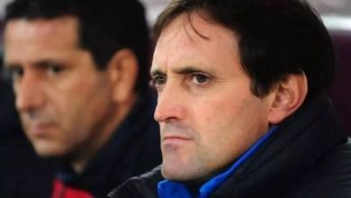 Photo of Football : Le sélectionneur des lions indomptables sort enfin de sa cachette
